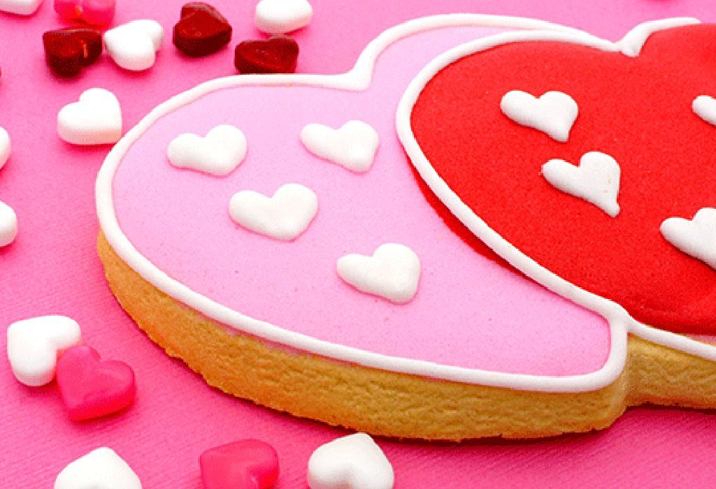 Red and Pink Heart-Shaped Candies