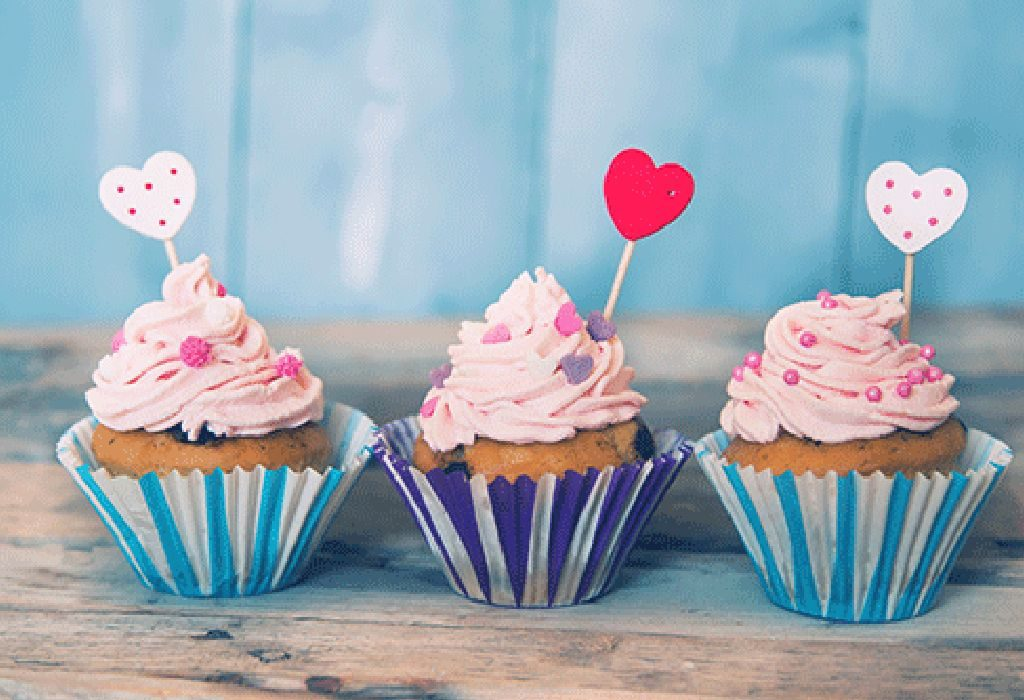 Chocolate Cupcakes With Candy Hearts