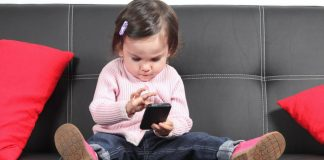 Parents, Beware - This is How Gadgets Are Harming Your Little Child!