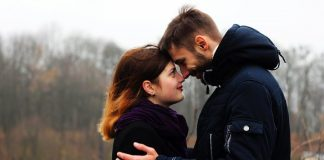 10 True Romantic Love Stories By Real Moms