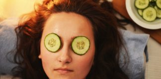4 Super Easy Remedies to De-Puff your Eyes