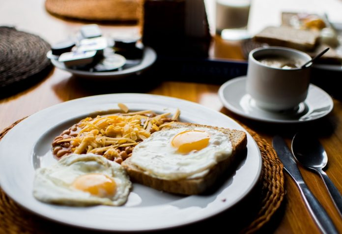 5 ways to Fight Post-Breakfast Hunger Pangs
