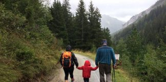 Travelling With Kids in the Monsoons? Travel Tips That You'll Need