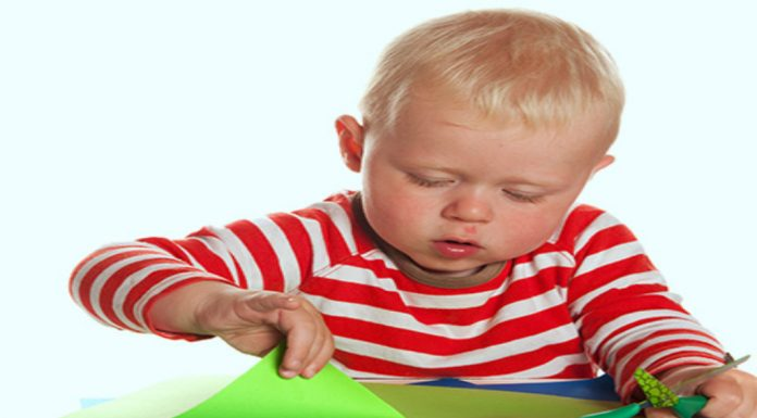 Teaching Your Toddler to Use Scissors