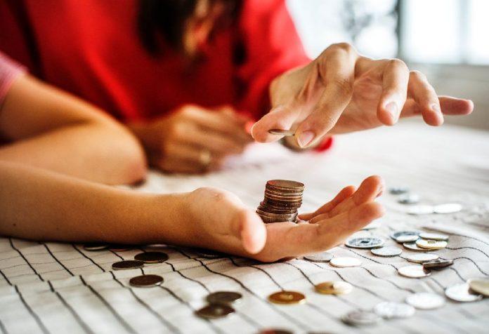 5 money traps moms should avoid