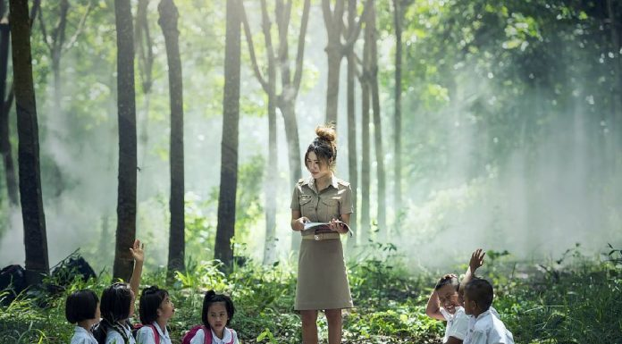 7 ngos for happier children in india