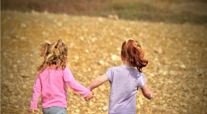 7 tips to help preschoolers build positive peer relationships