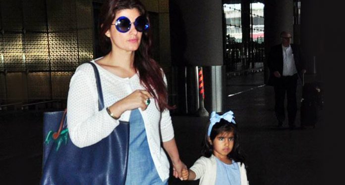 twinkle with her daughter