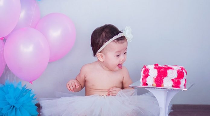 5 Full Blown Ideas to Celebrate Baby's Half Birthday!