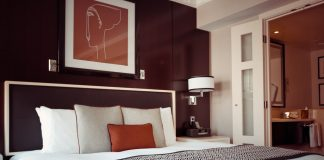 Gorgeous But Easy Over the Bed Decor Ideas