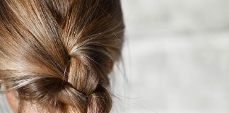 Hassle-free Hairstyles for Working Moms