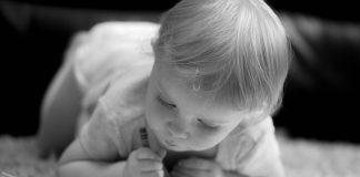Early Hand Preference in Toddlers