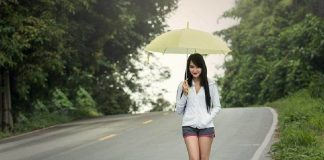 Fashion Tips For Monsoons
