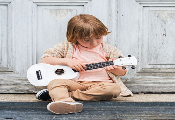 Signs of music talent in toddlers can seldom remain hidden for long. Be it ways in which they listen to music or dance to their favorite songs, the signs that give away future musical geniuses are many. Here's how to gauge the music ability in toddlers in your life too.