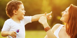 How toddlers use gestures for communication
