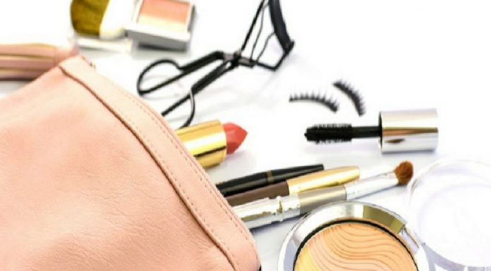 make up for working moms in 5 easy steps