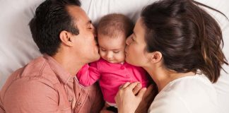why your baby should sleep in your room but in a different bed