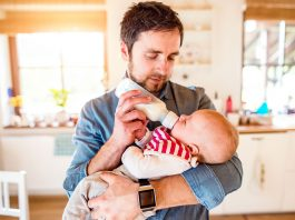 Baby Night Feeding Tips For Hubby And You