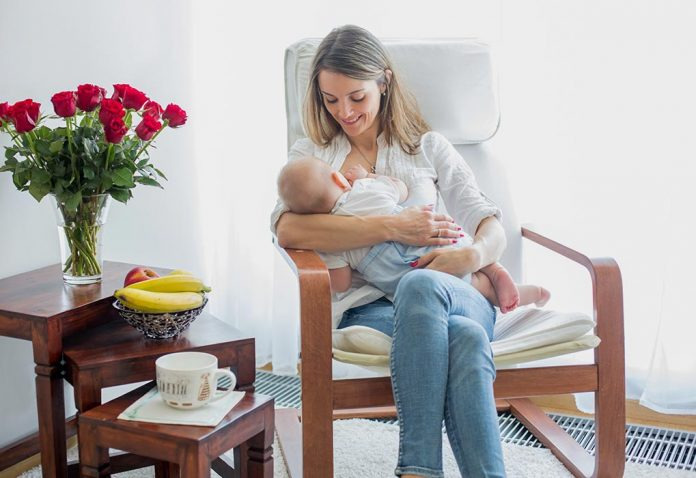 Side Effects of Stopping Breastfeeding on Mom and Baby