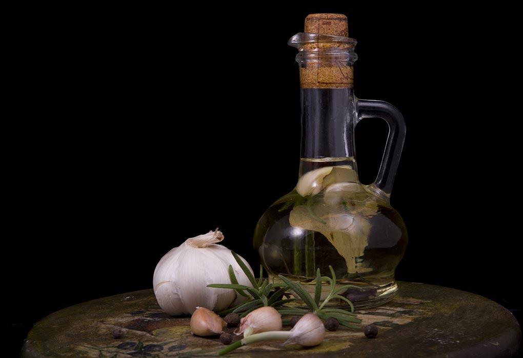 How Does Garlic Help to Boost Fertilty in Male & Female?