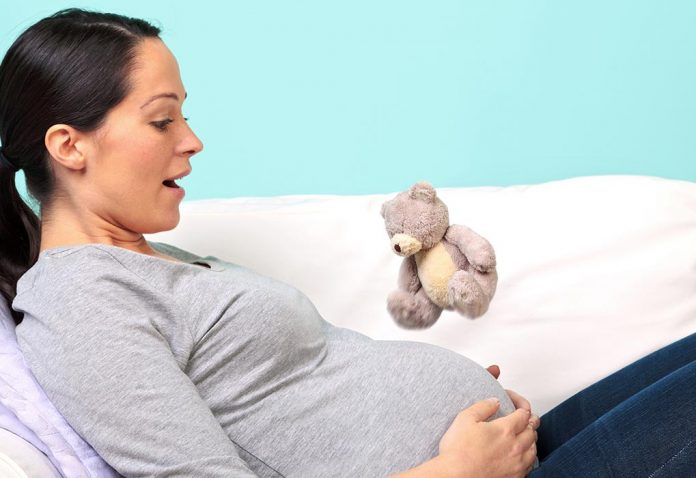 How to Make Baby Move in the Womb - Easy Tricks