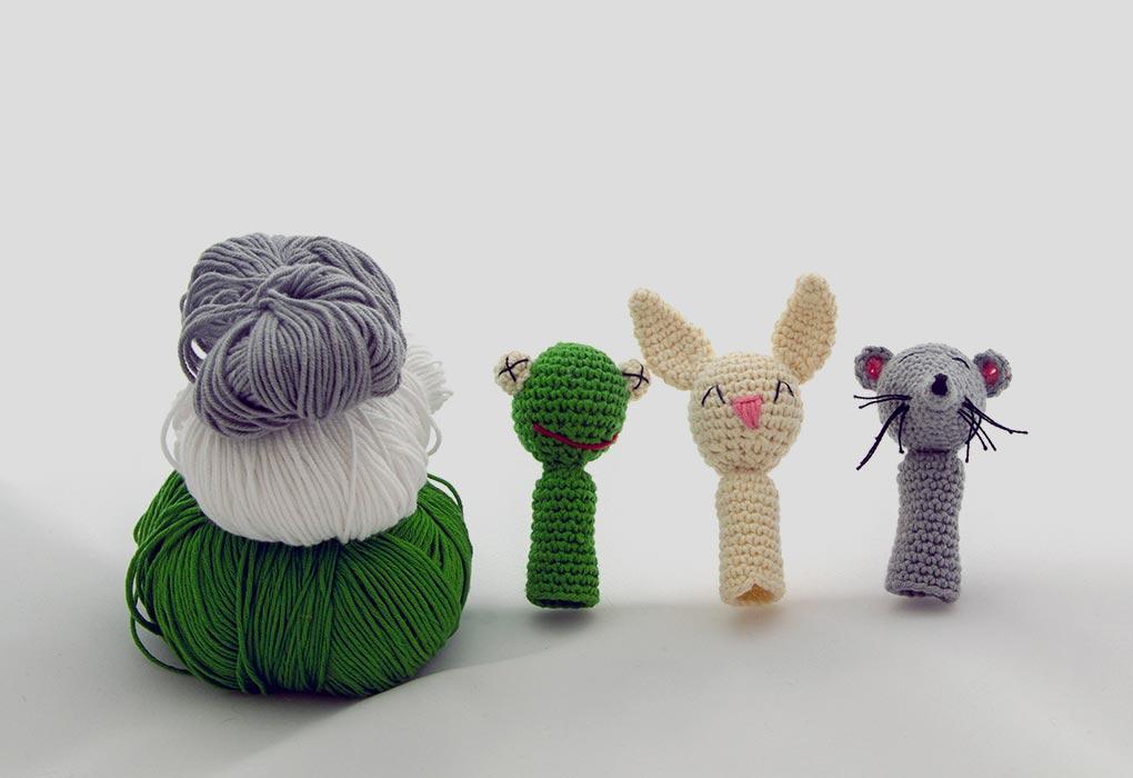 Yarn puppets