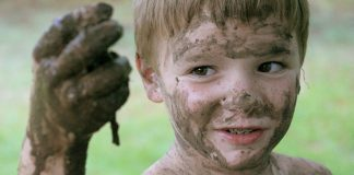 Experts Find Dirt is Actually Good For Kids