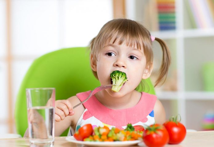 How to Make Kids Eat Vegetables - Tips for Parents