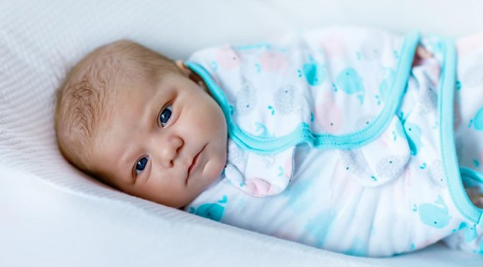 Baby Fighting Sleep - Reasons & Tips to Deal With It