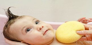 Dealing with Fear of Bath in Babies