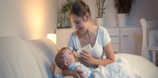10 Important Things to Remember When Breastfeeding or Bottle Feeding a Sleepy Baby
