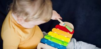 Solve Your Toddler's Colour Differentiation Problems