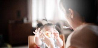 Keeping allergies away while introducing solid foods