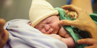 Doctors Reveal 7 Common Beliefs About C-Sections That Are TOTALLY False!