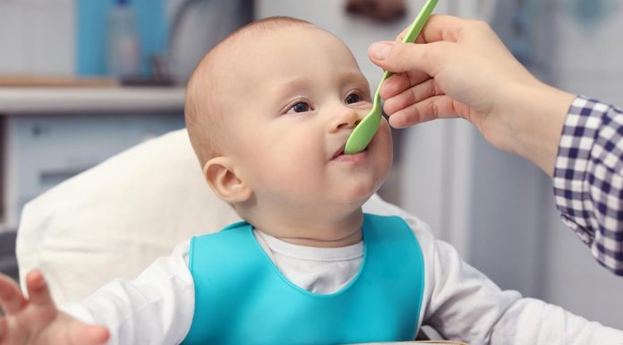 eating milestone for babies