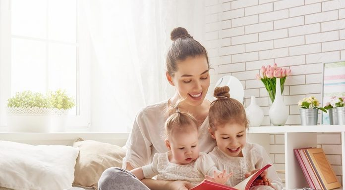 how to develop literacy skills in toddlers