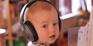 use music for baby's development