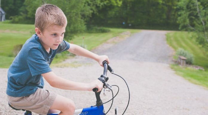 Riding Safe on Bicycles, Scooters and Skateboards