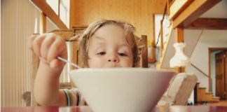 self feeding in young children
