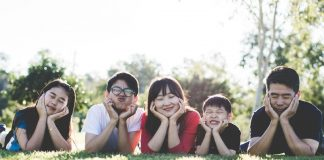 ten tips to raise a bilingual child