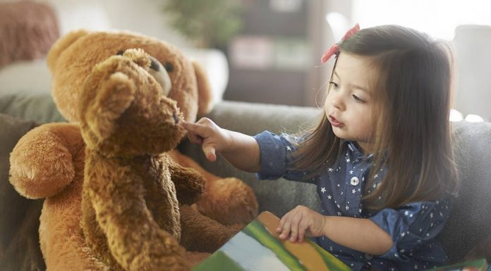 9 Ways to Keep Your Child Engaged During the Winter Holidays