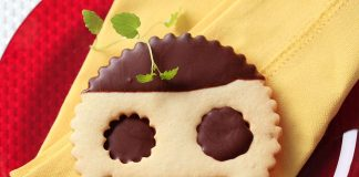 chocolate dipped face cookies recipe