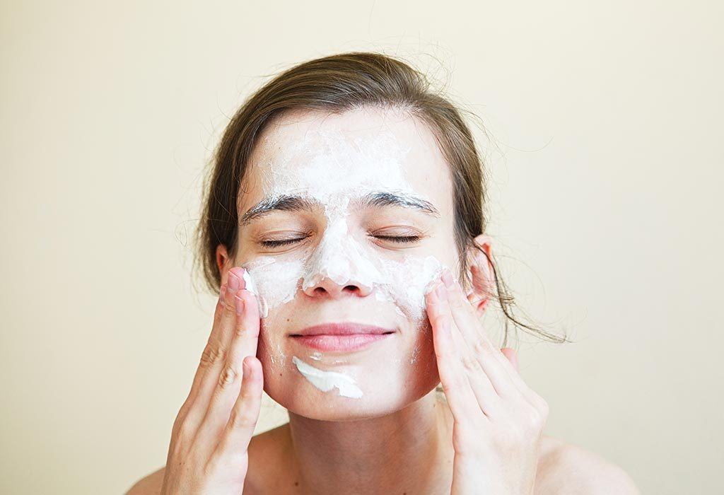 How to Cleanup Face at Home: Tips & 10 Natural Ingredients to Use