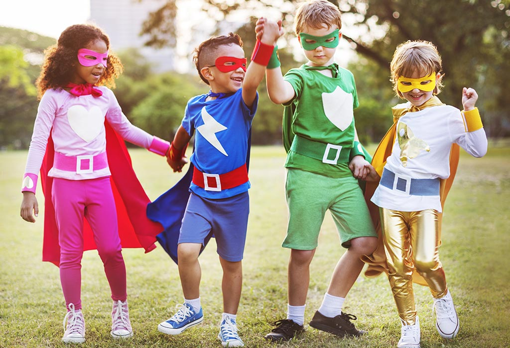 लड़के और लड़कियों को एक साथ खेलने के लिए प्रोत्साहित करें