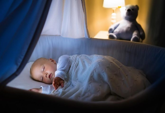 How to Make Your Baby Sleep Soundly During Winter