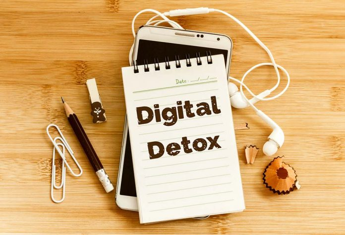 6 Reasons Why You Should Try Digital Detox for Your Mental Well-being