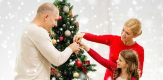 8 Simple Ways to Decorate Your Home for Christmas