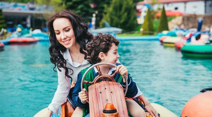 10 Tips to Keep Your Kids Safe at the Amusement Park