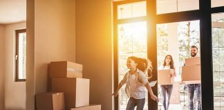 Top 10 Helpful Tips for Moving with Kids
