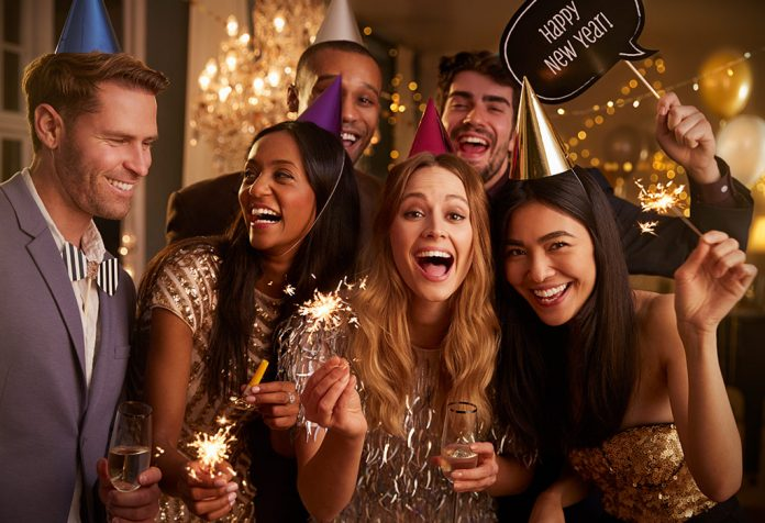 7 Hacks to Save Money While Planning for Your Christmas & New Year Parties